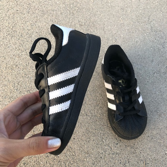 adidas Other - Kids Adidas Size 8K Black and White Superstars 11fff1511798
